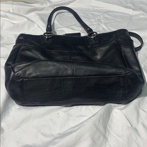 Coach Bags - Coach 19456 Handbag Black Leather Zipper Tote -EUC